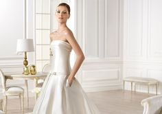 Pronovias presents the Yency wedding dress. Atelier Pronovias 2014. | Pronovias