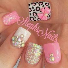 Hey there lovers of nail art! In this post we are going to share with you some Magnificent Nail Art Designs that are going to catch your eye and that you will want to copy for sure. Nail art is gaining more… Read more › Fancy Nails, Bling Nails, Love Nails, My Nails, Glitter Nails, Fabulous Nails, Gorgeous Nails, Pretty Nails, Nagel Bling