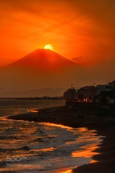 "jjordan7: ""Sunset Fuji by kkoutaro """