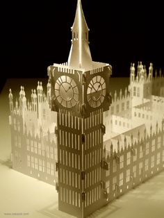 Pop up architecture :: The Palace of Westminster by paper artist Yee. Absolutely amazing! And yes, it really is a popup! More famous buildings and templates to buy after the jump...