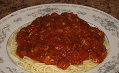 Bechamel, Spaghetti Sauce, Mets, Mayonnaise, Meatloaf, Gravy, Macaroni, Food And Drink, Favorite Recipes