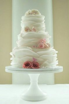 by Steel Penny Cakes. Oh my. Elegant and lovely.