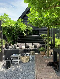 A large bench in the garden is cozy - A large bench in the garden is cozy and is great for a summer evening with friends or family. Back Gardens, Outdoor Gardens, Dream Garden, Home And Garden, Outdoor Spaces, Outdoor Living, Garden Deco, Hacienda Style, Backyard Garden Design