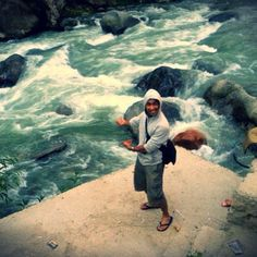 The best way to spend a Sunday is on the banks on River Beas in #Manali just like the young guy Aiman Mufti in the pic :)  Happy Sunday!