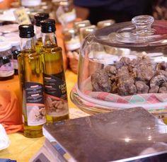 Truffles at Volterragusto - Local Product Festival - #volterra - Tuscany #volterratur