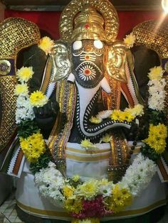 Jai Ganesh, Shree Ganesh, Lord Ganesha, Lord Krishna, Om Namah Shivaya, Happy Birthday Husband Cards, Ganesha Rangoli, Ganesh Bhagwan, Good Morning Beautiful Pictures