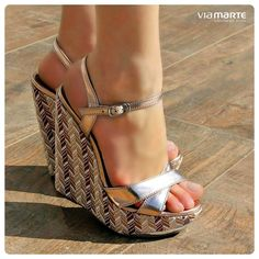 sandália anabela - salto alto - metalizado -  Ref. 14-13654 - verão 2015