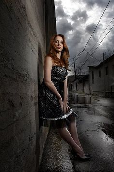 Beating the Sun with a Small Flash in a Alley: 2 light set-up