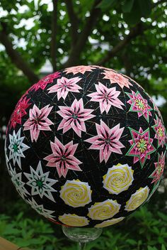 A 92-year-old Japanese woman's amazing collection of painstakingly-crafted traditional Japanese temari handballs has been unveiled to the public for the first time – and it's all thanks to her granddaughter, Flickr user NanaAkua. In Japan,grandparents and parents to stitch temari balls using silk scraps from old kimonos and give them to their children for New Year's day.