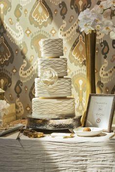 Such a beautiful cake!!!