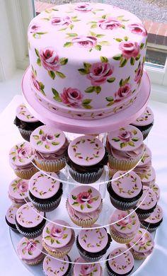 Beautiful cupcake with printed roses