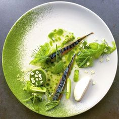 💥💥💥'Plateau - Change Your Background' app is now available for Android and iOS 👉@plateau_app 💥💥💥 Foodstar Merijn van Berlo (@merijnvberlo) shared a new image via Foodstarz PLUS /// Cured Mackerel, Sea Lettuce, Fermented Green Tomato Juice, Dill, Horseradish Cream and Elderflower  #mackerel #lettuce #juice #fermented #elderflower #foodstarz  If you also want to get featured on Foodstarz, just join us, create your own chef profile for free, and start sharing recipes, images and videos…