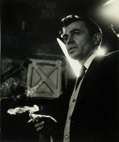Bob_Willoughby_James_Mason_on_the_set_of_A_Star_Is_Born_1954_2592_41.jpg (335×400)