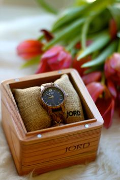 Fab find alert & a fabulous $100 GIVEAWAY!! Gorgeous isn't?! This @jordwatches natural wood beauty is just so perfect for #Spring! https://www.jordwatches.com/g/fabzlist  We want our #Fabulous peeps to have one too! #Click the link  to enter for a chance to win a #$100 #giftcard. One lucky person wins , every other person will win a $25 #egift code at the close of the contest! How fab is that! Don't forget to enter!❤❤ #jordwatch #woodwatch #springstyle #springaccessory #styleguide #