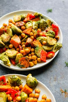 """My Favorite """"Tray Dinner"""" - Roasted Sweet Potato, Brussel Sprouts, & Chickpeas (Roasted Sweet Potato, Brussel Sprouts, & Chickpeas by Flora & Vino Veggie Tray, Meal Prep For The Week, Grilled Vegetables, Roasted Sweet Potatoes, Plant Based Recipes, Sprouts, Chickpeas, Main Dishes, Cooking Recipes"""