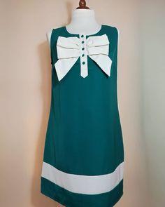 USED Vintage Dress Woman Green White Bow Dress-Abito Vintage Anni 60 Vestito Donna Verde Bianco Fiocco Dress Link, Dress With Bow, Vintage Dresses, Pin Up, Vintage Fashion, Bows, Green, 1960s, Etsy