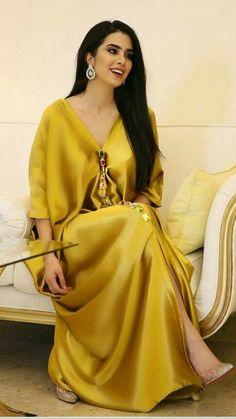 35 Times Peak of Fashion Witnessed at Walmart Arab Fashion, Muslim Fashion, Modest Fashion, Fashion Outfits, African Fashion Dresses, African Dress, Kaftan Designs, Moroccan Dress, Caftan Dress