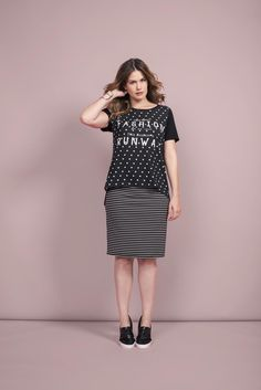 Dots & Stripes | Skirt | T-shirt | Fashion | Plussize Fashion | Streep rok