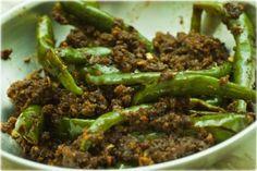 Hari Mirch ka Achar (Green Chili Pickle – Quick Microwave Version)
