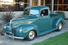 ❥ Ford pick up~ turquoise!!