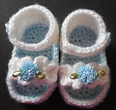 Ruffle Baby Girl Sandals PDF Crochet Pattern by Easy Creations on Ravelry.