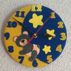 Our goal is to keep old friends, ex-classmates, neighbors and colleagues in touch. Felt Flowers, Felt Crafts, Fused Glass, Embroidery Stitches, Daisy, Clock, Instagram Posts, Handmade, Education