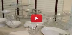 Video DIY: 5 Easy Steps to a Party-Perfect Buffet Table in Any Size Space Diy Party Platters, Party Buffet, Party Plates, Catering Display, Catering Ideas, Interior Design Living Room, Living Room Decor, Bedroom Decor, Potato Bar
