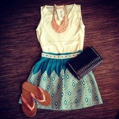 great outfit for apple shape body