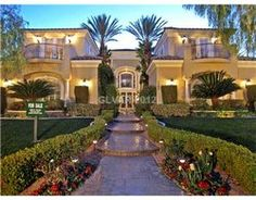 Million Dollar Homes – Million Dollar Luxury Real Estate Properties    Showing properties 1 - 35 of 335. See more Million Dollar Homes.