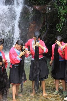 Chinese Village of Long-Haired Rapunzels Who Use Fermented Rice Water to Wash Their Locks
