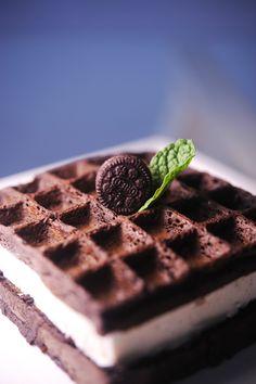 Oreo waffles, yum!