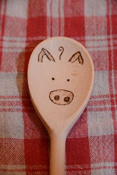 wooden spoon pig craft 1000 images about woodburned rolling pins cutting boards 5783