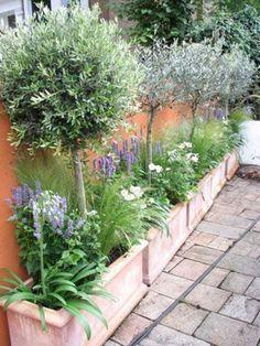 34 Gardening Tricks For Smaller Spaces Minimalist Small Garden