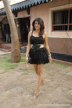 Shraddha-das-2011-stills-(120)