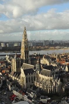 Cathedral of our Lady in Antwerp, Belgium (by brenda)