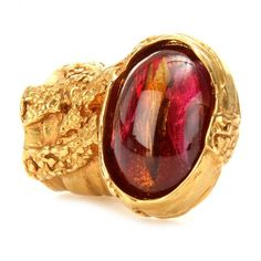 Yves Saint Laurent Arty Glass Stone Ring ($249) ❤ liked on Polyvore featuring jewelry, rings, accessories, red, jewels, women, glass bead jewelry, yves saint laurent jewelry, red ring and yves saint-laurent ring