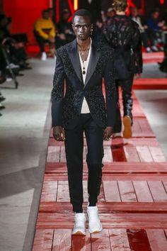 Vêtements, accessoires Pantoufle Model Black Snake CREATEUR Pantoufles unisexe Taille 38-42
