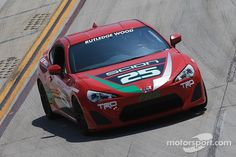 A runaway and a steal in Toyota Pro/Celebrity race