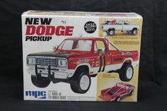 "dodge truck model kits | MPC New 1977 Dodge Pick-Up ""Mesa Flats"" Model Car Kit"