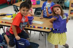 Kindergarten Smiles: Starting Centers the First Week of School Kindergarten First Day, Kindergarten Centers, Kindergarten Classroom, School Classroom, Literacy Centers, Classroom Ideas, 1st Day Of School, Beginning Of The School Year, Transitional Kindergarten