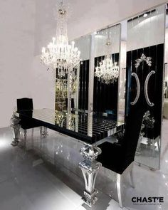 Luxury Dining Room Ideas That Will Amaze You dining room table, luxury dining room, dining room decor - Luxury Interior Luxury Dining Room, Dining Room Design, Dining Rooms, Dining Area, Decoration Baroque, Silver Decorations, Modern Dining Table, Dining Chairs, Mirror Dining Table