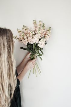 Choosing Thankfulness & Blooms | Merfleur  #pink #flowers #stock #bouquet #longhair
