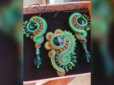 Soutache jewellery set by Soutachewithpassion on Etsy Jewelry Sets, Unique Jewelry, Soutache Jewelry, Trending Outfits, Jewellery, Handmade Gifts, Etsy, Vintage, Handcrafted Gifts