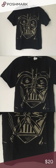 "STAR WARS DARTH VADER GRAPHIC TEE SHIRT TOP Awesome Cool Black/Tan Lucasfilm Star Wars Brand Official Darth Vader Close-up Face Short Sleeve Minimal Graphic Tee Shirt Top  Gently worn/washed only a few times. Many years old, may show minor ""wear"". Overall excellent. Badass shirt with TONS of life left! NO major flaws.  Tagged as Youth Size 18. Will fit equal to a Women's Small/XS.  Measurements: Chest (pit to pit)- 17.5"" across • Length (shoulder to bottom hem)- 25"" long  •NO holds, returns…"
