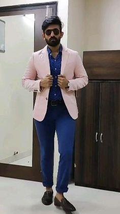 Pink Blazer Men, Blue Chinos, Classy Men, Daily Outfit, Dapper Men, Fashion Videos, Blazers For Men, Slim Pants, Penny Loafers