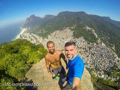 Trilha Morro Dois Irmãos: Rio de Janeiro. No caminho, um dos pontos mais incríveis é o visual para a Rocinha