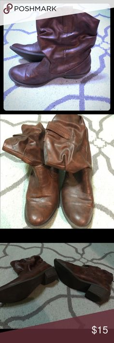 American Eagle Short Brown Ankle Boots American Eagle Short Brown Ankle Boots. In great condition. Worn very few times. Size 8 1/2 American Eagle Outfitters Shoes Ankle Boots & Booties