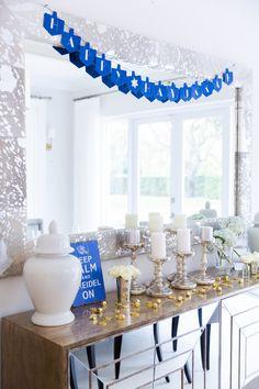 Host Hanukkah Dinner beauitful-hannukah-decor-on-fashionable-hostess Hanukkah Decorations, Gold Christmas Decorations, Holiday Decor, Holiday Parties, Holiday Ideas, Seasonal Decor, Christmas Hanukkah, Hannukah, Fashionable Hostess