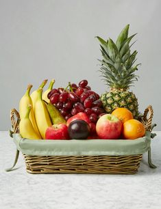 Where to buy organic edible fruit basket? The most common places to buy organic fruits and organic vegetables in the& The post Fresh and Pretty Edible Fruit Basket appeared first on Utility Collective. Edible Fruit Baskets, Fruits Basket, Tumblr Fruit, Fruit Hampers, Vegetable Basket, Fruit Photography, Object Photography, Fruit Gifts, Fruit Box
