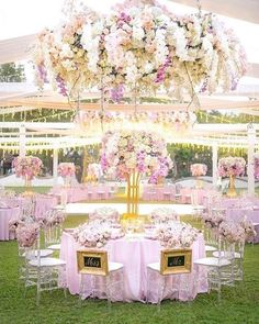 Everything about this pink hued sensation is a gem to us from location to floral! Planner: @theweddingblissthailand